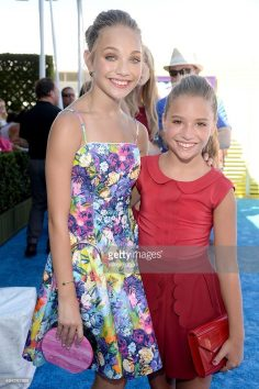 Dancers / TV personalities Maddie Ziegler and Mackenzie Ziegler attend …