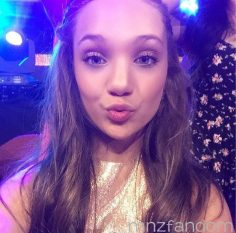 Maddie Ziegler made a public appearance in the Nic …