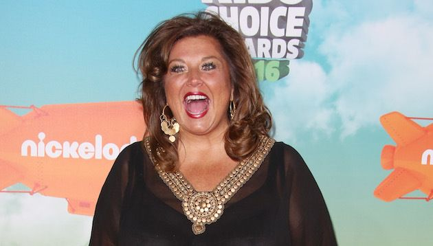 Abby Lee Miller, 'Dance Moms', gets the latest delay in a $ 5M fraud case while talks continue