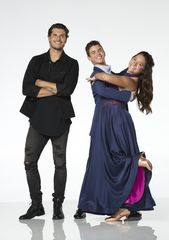 Dancing with the stars: the cast of juniors is revealed: Honey Boo Boo, Tripp Palin Johnston and more.