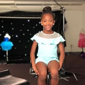 "KAMRYN SMITH (8 years young) on ​​Instagram: ""Instagram vs. Reality 😍💞 # behind the scenes #dancingalways #kammysophia #trusttheprocess #tinybutfierce # season8 #dancemoms # dancemomsseason8 …"""